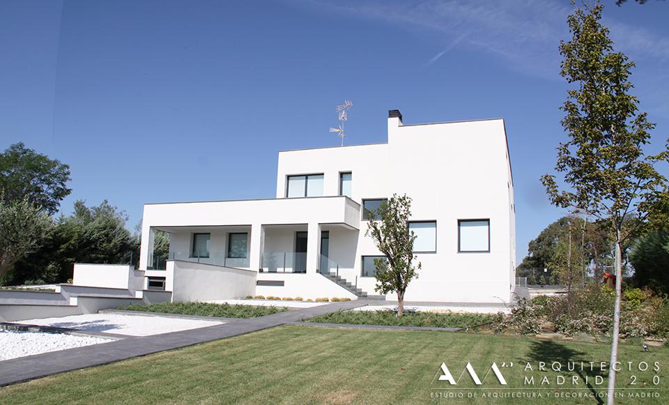 Proyectos y obras de arquitectos madrid 2 0 ideas for Proyectos casas minimalistas