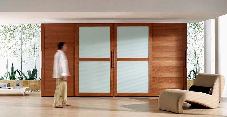 Tipos de armarios c mo elegir el armario para el dormitorio for Puertas correderas de cristal para armarios