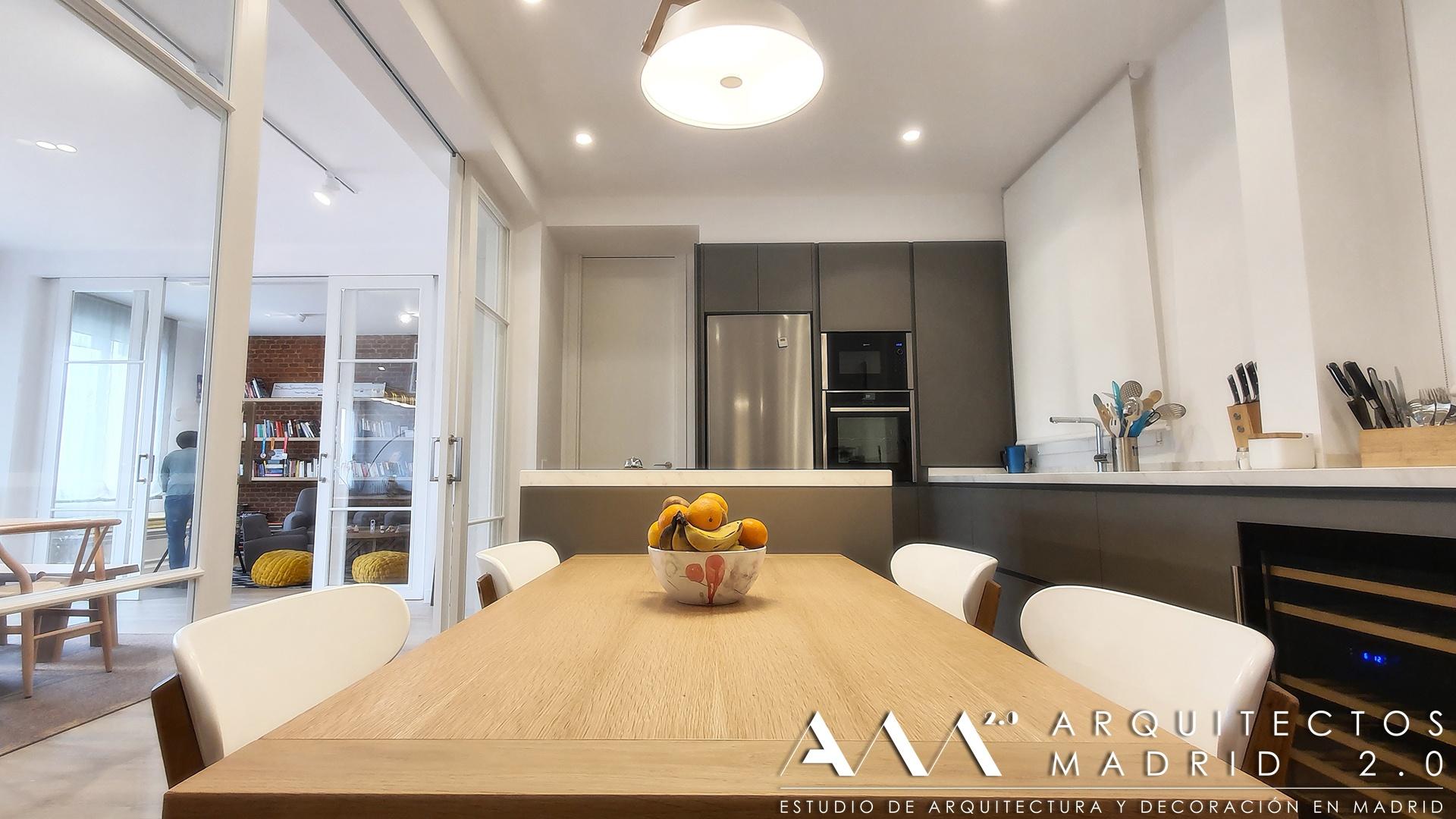 casas-de-lujo-proyecto-reforma-integral-vivienda-arquitectos-madrid-ideas-decoracion-salon-cocina-home-interior-design-12