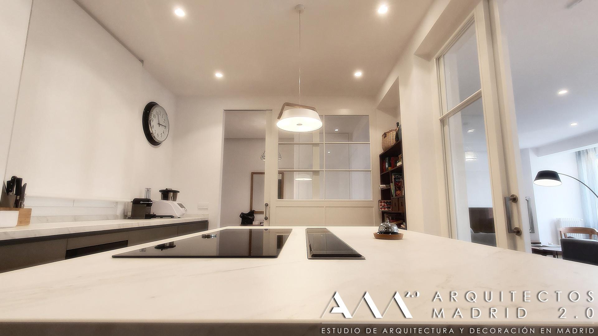 casas-de-lujo-proyecto-reforma-integral-vivienda-arquitectos-madrid-ideas-decoracion-salon-cocina-home-interior-design-13