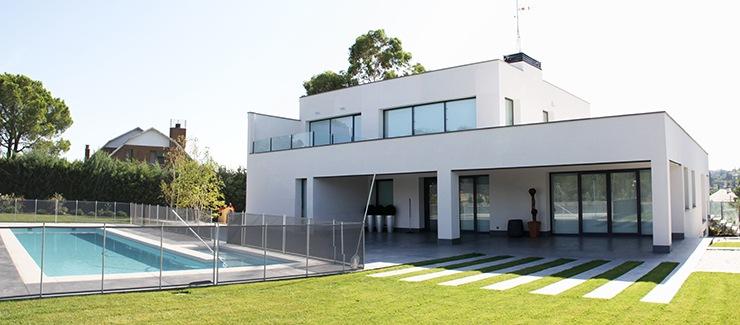 Construcci n viviendas unifamiliares en madrid Disenos de chalets modernos