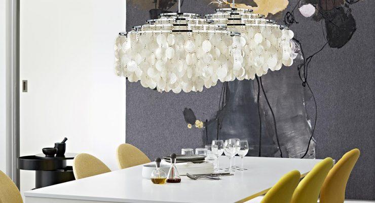 decoracion-iluminacion-interior-viviendas-lamparas-techo-suspendidas-mesa-de-pie