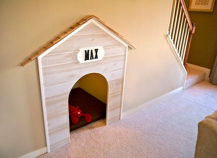 ideas-space-under-stairs-booth-dog-01