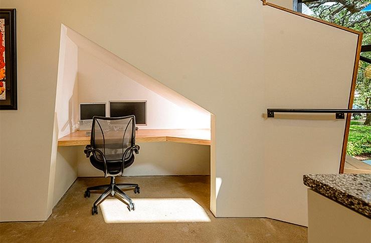 ideas-espacio-bajo-escaleras-escritorio-05