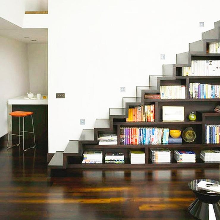 ideas-espacio-bajo-escaleras-salon-05