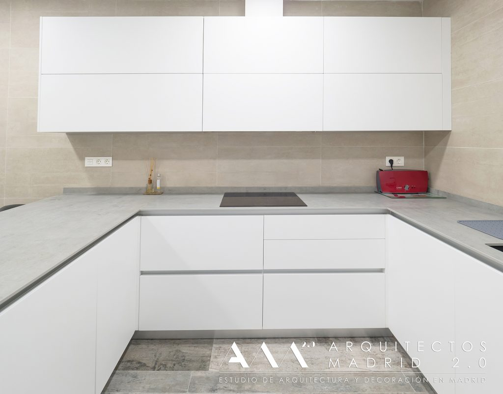 ideas-reformas-pisos-pequenos-viviendas-casas-decoracion-suelos-ceramicos-imitacion-madera-10