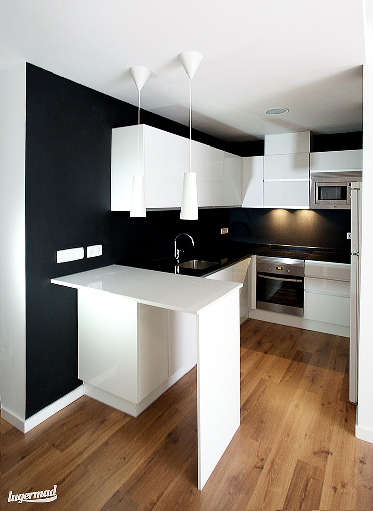 Reforma low cost en madrid reformas integrales madrid for Diseno de cocina en u