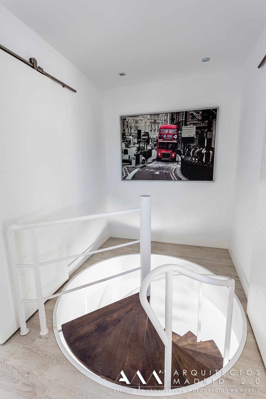 reformas-de-lujo-y-diseno-en-viviendas-reformas-madrid-07-escaleras-decoracion