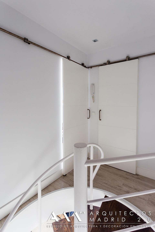 reformas-de-lujo-y-diseno-en-viviendas-reformas-madrid-08-escaleras-decoracion