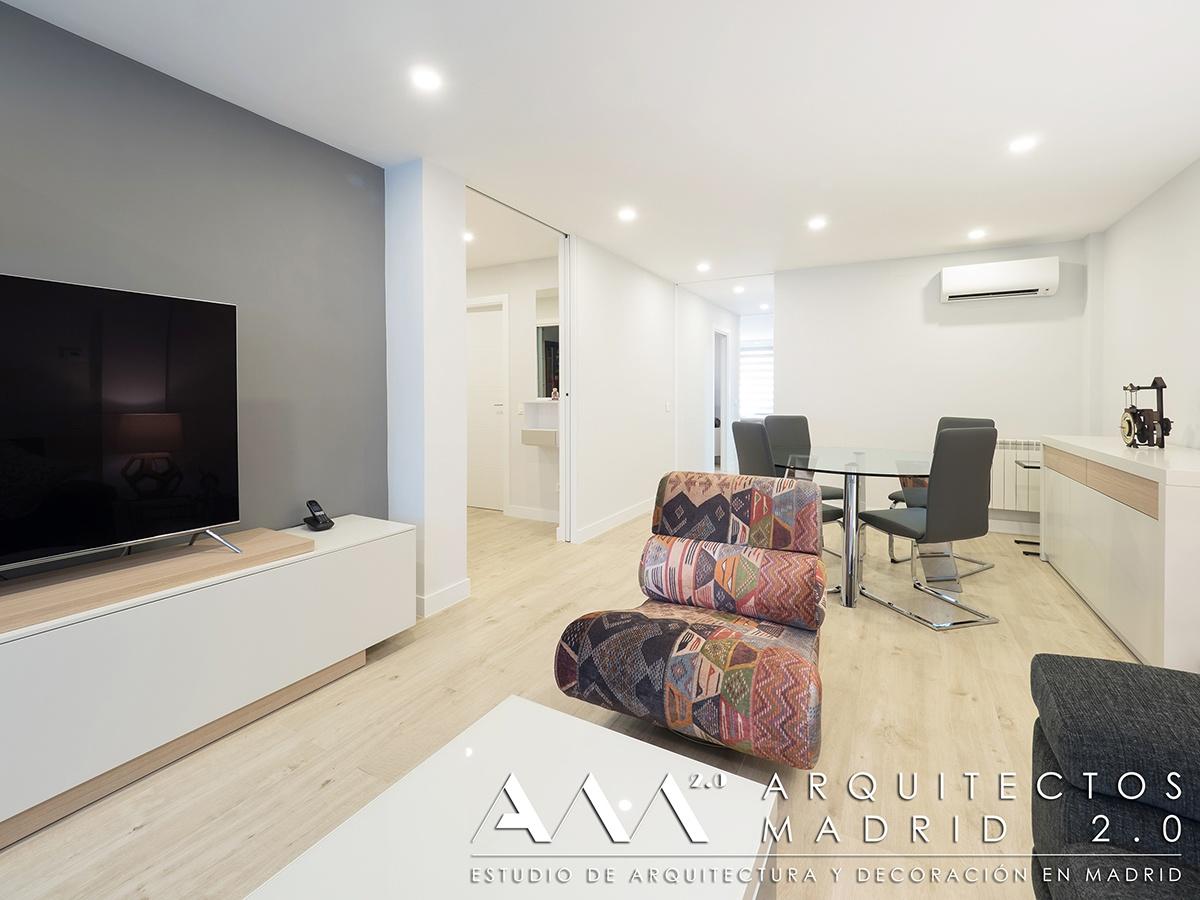 suelo-imitacion-madera-porcelanico-gres-reforma-vivienda-salon-05