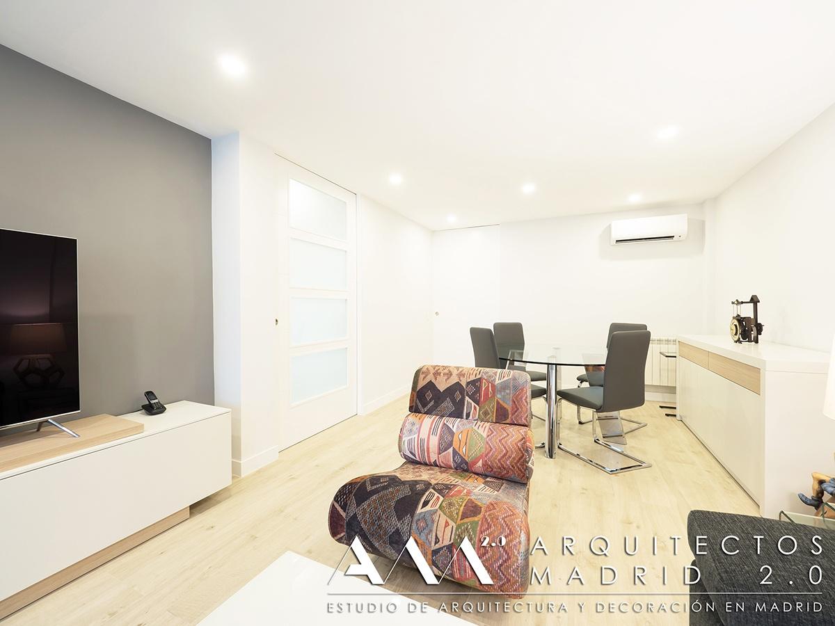 suelo-imitacion-madera-porcelanico-gres-reforma-vivienda-salon-06