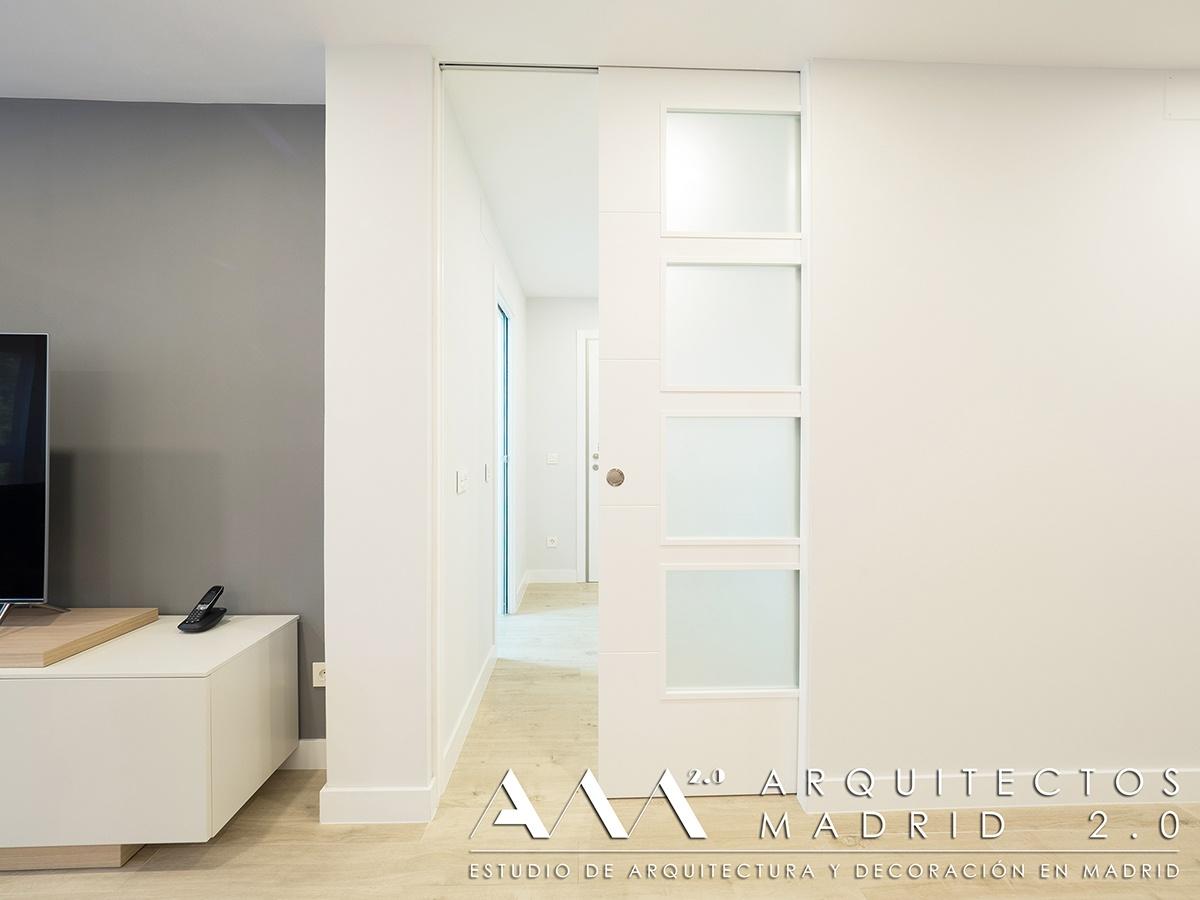 suelo-imitacion-madera-porcelanico-gres-reforma-vivienda-salon-07