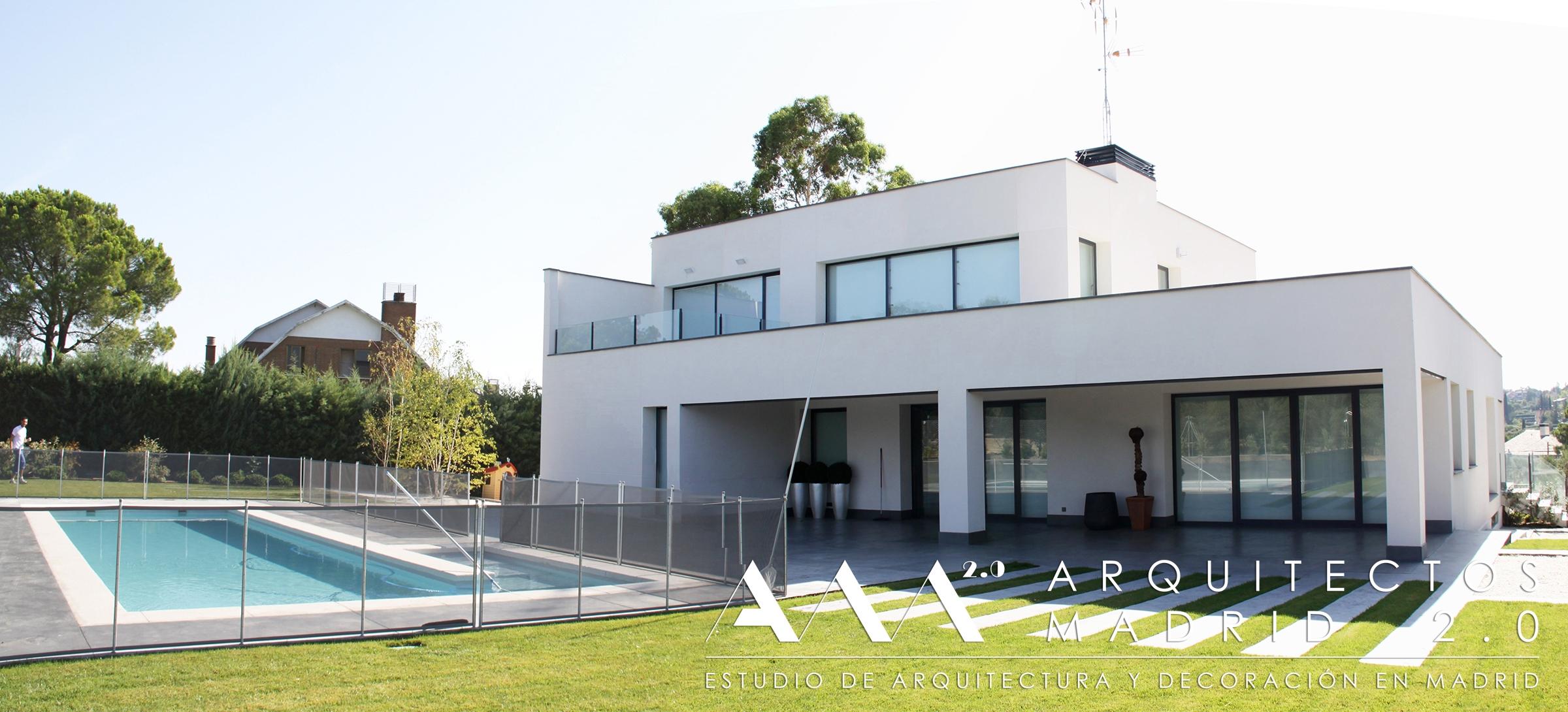 Proyecto y construcci n de casa moderna viviendas de for Construccion piscinas madrid
